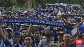 Kapolda Jabar Inspektur Jenderal Jodie Rooseto menyatakan pihaknya tetap mengawal suporter Persib Bandung saat berangkat hingga pulang dari Stadion Utama Gelora Bung Karno, Jakarta. (CNN Indonesia/Adhi Wicaksono)