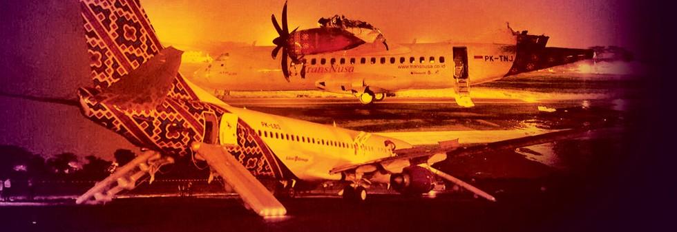 Dua Pesawat Bertumbuk di Halim