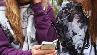 7 Alasan Dengarkan Musik Ciptakan Perasaan Positif