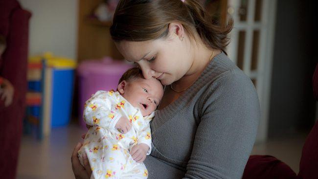 Lingkungan Kerja Pengaruhi Cara Ibu Mendidik Anak