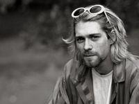 Pentolan grup band Nirvana, Kurt Cobain diduga mengidap salah satu gangguan tidur yaitu narkolepsi. Namun gangguan ini tidak pernah terkonfirmasi hingga akhir hayatnya. (Foto: Getty Images)
