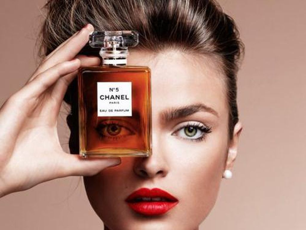 Ingin Eksis di Instagram, Rela Beli Botol Kosong Hermes Jutaan Rupiah