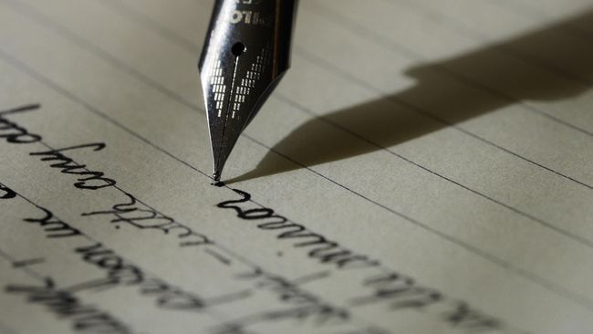 Cara Membuat CV Lamaran Kerja yang Benar dan Menarik