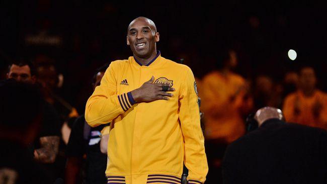 LA Lakers Pensiunkan Dua Nomor Kobe Bryant
