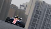 Rio Haryanto sempat naik posisi delapan setelah para pebalap lainya melakukan pitstop. Tapi pada akhirnya ia finis ke-21. (Dok. Manor Grand Prix Racing Ltd)