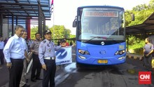 Sopir TransJakarta Dapat Jatah Beasiswa Kuliah