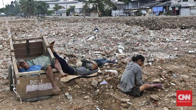 Pemerintah Provinsi DKI Jakarta beralasan melakukan penertiban bangunan di Kalijodo karena bangunan-bangunan tersebut berdiri di atas zona hijau.Foto: CNN Indonesia/Adhi Wicaksono