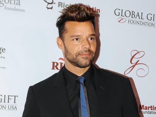 Netizen Terkejut Lihat Ricky Martin Muda Ternyata Mirip Kendall Jenner
