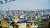 Bentangan kawasan permukiman di Lembah Kathmandu, setahun setelah Nepal diguncang gempa berkekuatan 7,8 SR. Sebanyak 9 ribu orang tewas dan 22 ribu lainnya terluka akibat gempa itu. (Reynold Sumayku)