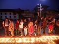 Setahun Usai Gempa, Warga Nepal Gelar Perenungan