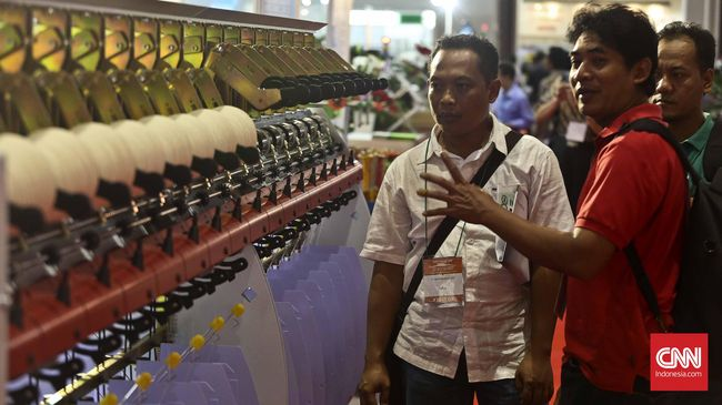 Faisal Basri soal Industri Tekstil: Perhatian Jokowi Kurang
