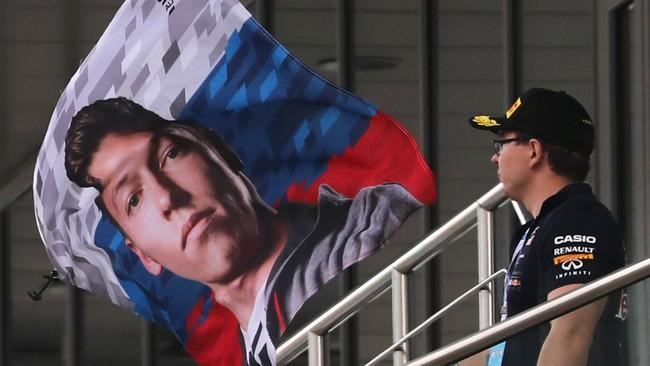 Pebalap Rusia Daniil Kvyaat merupakan satu-satunya pebalap Rusia di ajang Grand Prix F1. Ajang GP Rusia pun menjadi sangat emosional bagi dirinya. (Reuters/Maxim Shemetov)