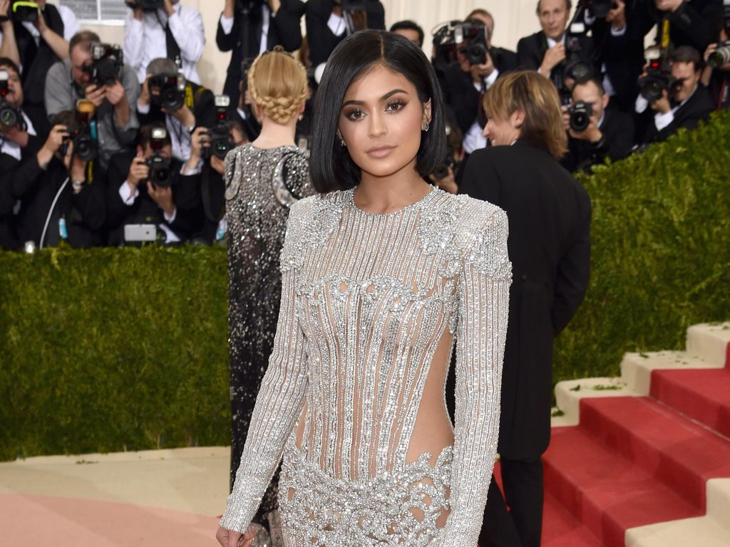 Foto: 15 Gaya Paling Seksi Kylie Jenner yang Mencuri Perhatian