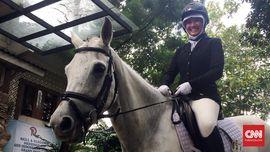 Cerita Remaja Berhijab Penunggang Kuda
