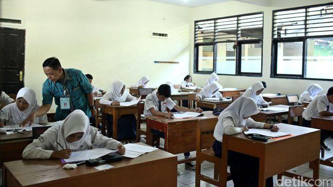 Serikat Guru: Anak Belum Tentu Bahagia Seharian di Sekolah