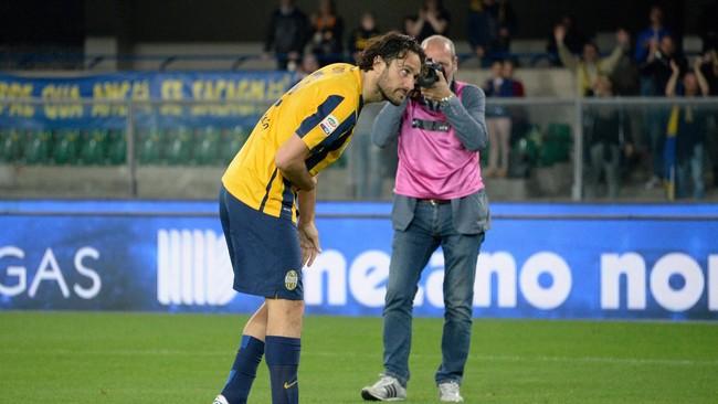 Musim lalu, Luca Toni masih membuktikan ketajamannya di depan gawang dengan menjadi penyerang tersubur Serie-A bersama Mauro Icardi. (Dino Panato/Getty Images)