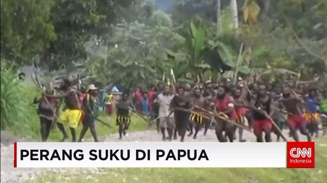 Hasil gambar untuk Perang suku Papua