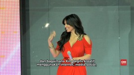 Kim Kardashian Raih Penghargaan 'Pengguncang Internet'