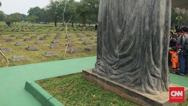 TPU Pondok Ranggon Berlakukan Tumpang Makam Jelang 2020