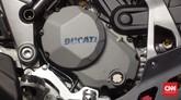 Ducati Multistrada 1200 Enduro dibekali mesin mesin Ducati Testastretta DVT 1198,4 cc empat silinder dengan sistem pendingin cairan. Foto: CNN Indonesia/Aqmal Maulana