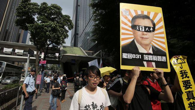 Pejabat China Berkunjung, Warga Hong Kong Gelar Aksi Protes