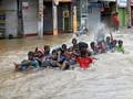 Longsor di Sri Lanka Diduga Tewaskan 150 Orang