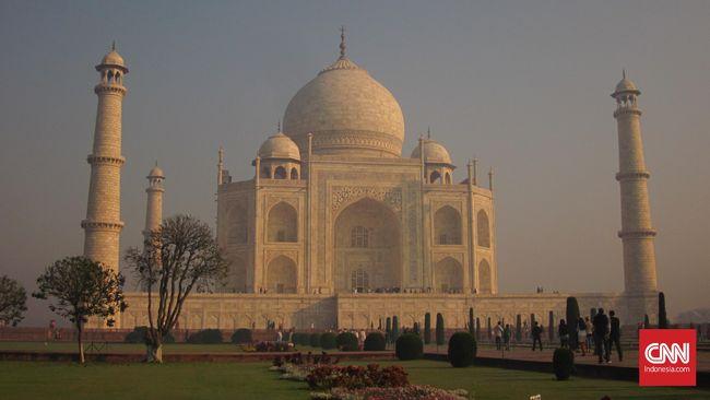 Aksi India 'Sewakan' Taj Mahal ke Swasta Tuai Kecaman