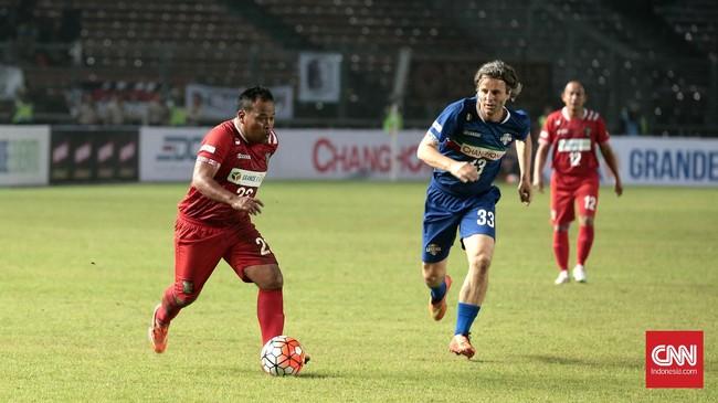 Pelatih tim eks Primavera Baretti, Danurwindo, mengakui bahwa para pemain itu memang sudah berbeda kelasnya. (CNN Indonesia/Andry Novelino)