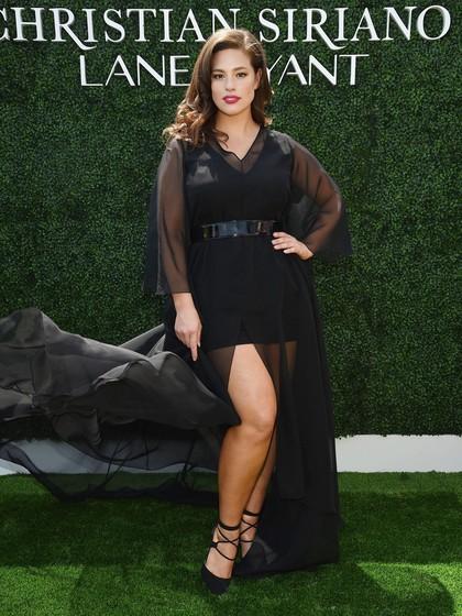 Disebut Hamil, Ini Balasan Santai Model Plus Size Ashley Graham