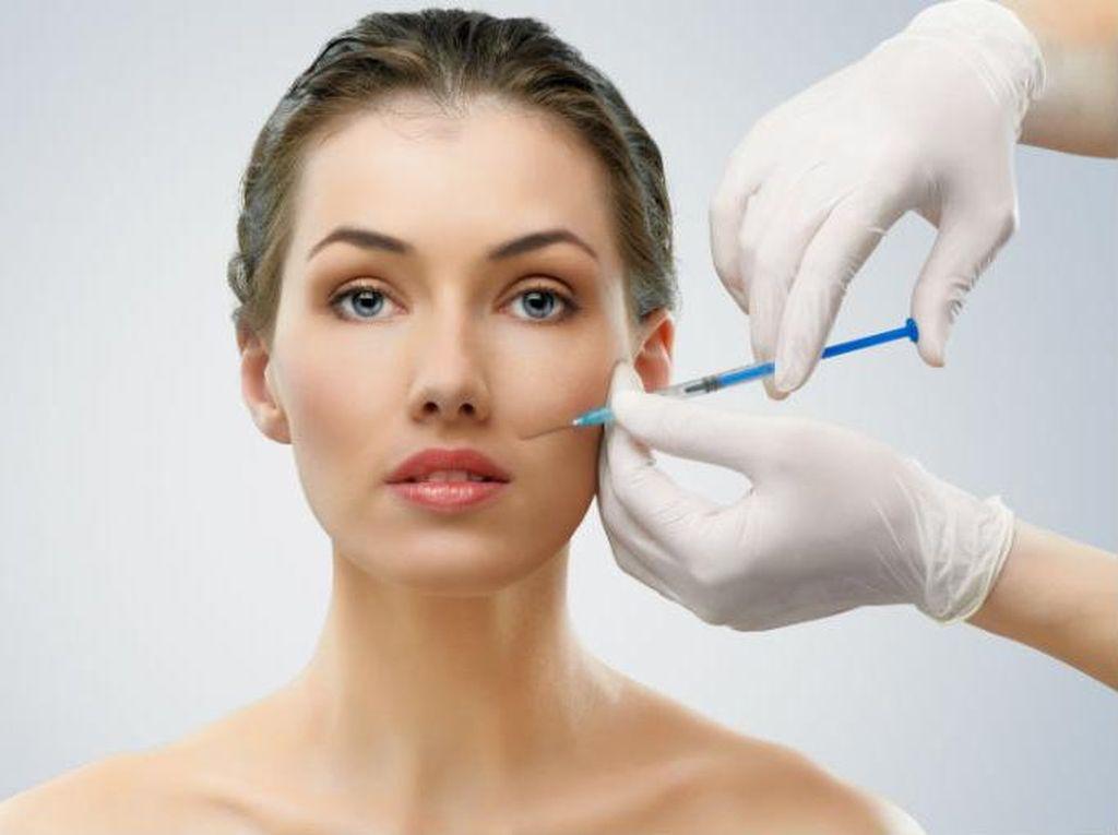 Wanita Ini Operasi Plastik Demi Bisa Kabur dari Utang Rp 78 Miliar