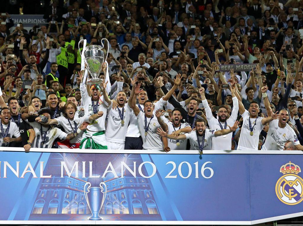 Dengan demikian, Madrid pun sukses meraih gelar juara ke-11 mereka di turnamen ini; La Undecima, demikian mereka melabelinya. Carl Recine/Reuters/detikFoto.