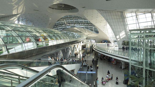 7 Bandara yang Sediakan Tur Wisata Gratis selama Transit
