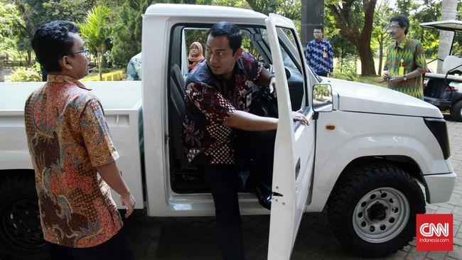 Airlangga Bantah Proyek Mobil Desa 'Menghilang'