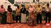 Pada keluarga korban PKI memberikan kesaksian pada Simposium Nasional 'Mengamankan Pancasila dari Kebangkitan PKI dan Ideologi Lain'. (CNN Indonesia/Andry Novelino)