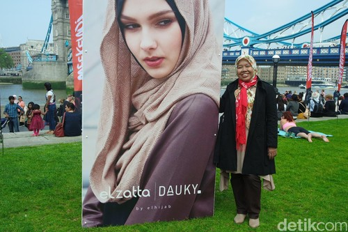 Elhijab Kampanye Hijab for The World di Rusia