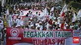 Demonstran terdiri dari Ormas Islam yakni, Front Pembela Islam, Pemuda Pancasila, Forum Ulama Indonesia, dan lainnyamenolak bangkitnya Partai Komunis Indonesia. (CNN Indonesia/Adhi Wicaksono).