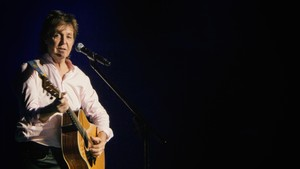 Paul McCartney Menyusup ke Bioskop demi Tonton 'Yesterday'