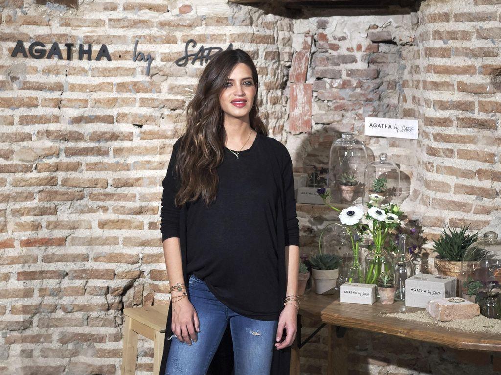 Sara Carbonero merupakan reporter Telecinco. Dia dinobatkan sebagai The Sexiest Reporter in the World pada tahun 2009. (Foto: Carlos Alvarez/GettyImages)