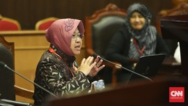 Tolak Tawaran Menteri, Risma Ingin Selesaikan Mimpi Surabaya