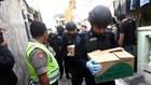 Densus 88 Geledah Rumah Orangtua Terduga Teroris Bekasi