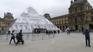 Pria Bersenjata Serang Tentara di Museum Louvre Paris