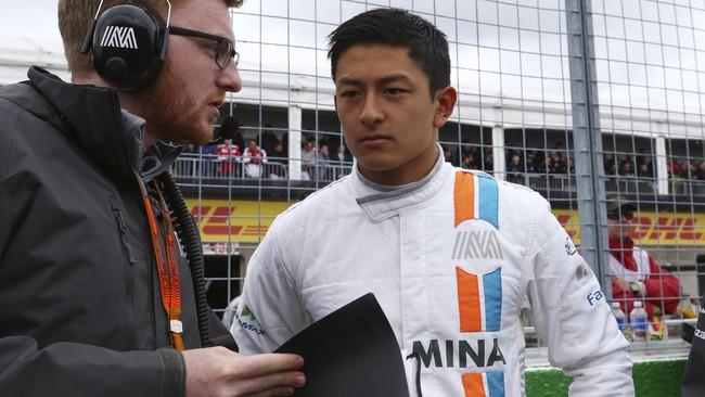 Sayang, pada sesi kualifikasi, Rio Haryanto terpuruk. Dia menduduki posisi buncit, terpaut4,240 detik dari catatan waktu pebalap yang meraih pole position, Lewis Hamilton. (Dok. Manor Grand Prix Racing Ltd)