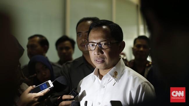 Kepala Badan Nasional Penanggulangan Terorisme (BNPT), Komisaris Jenderal Tito Karnavian, diajukan Presiden Jokowi ke DPR sebagai calon tunggal Kapolri. (CNN Indonesia/Safir Makki)