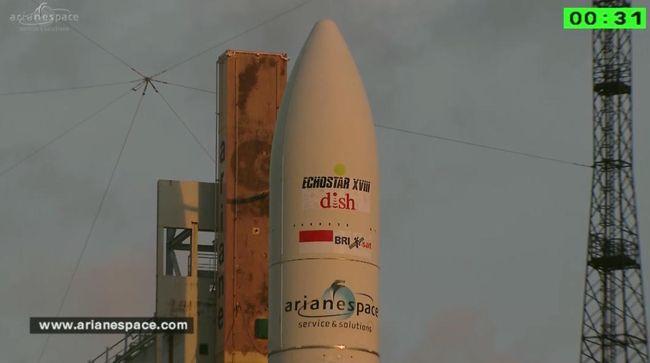 Melihat Detik-detik Peluncuran Satelit BRIsat