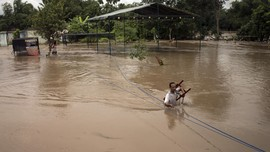 Sungai Bengawan Solo Siaga Banjir