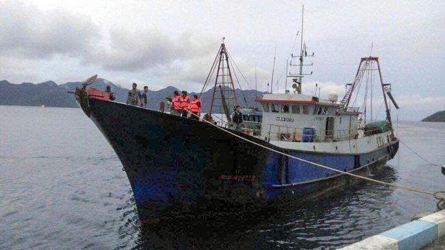 TNI Tembak Kapal China, Jokowi Sebut Kedaulatan Harga Mati