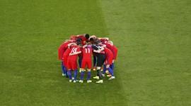 Dilarang FIFA, Timnas Inggris Tetap Pakai 'Bunga Poppy'