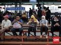 Bangku Tunggu KRL Mirip Jemuran Handuk, PT KAI Kaji Evaluasi