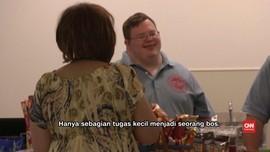 Pengidap Down Syndrome Sukses Kelola Kedai Kopi