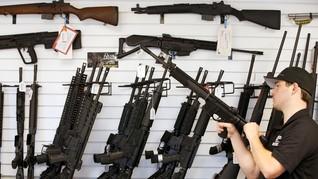 Cegah Penembakan, Trump Pertimbangkan Persenjatai Guru
